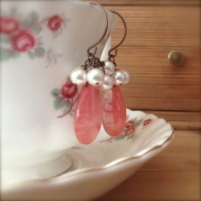 Candy quartz cluster earrings